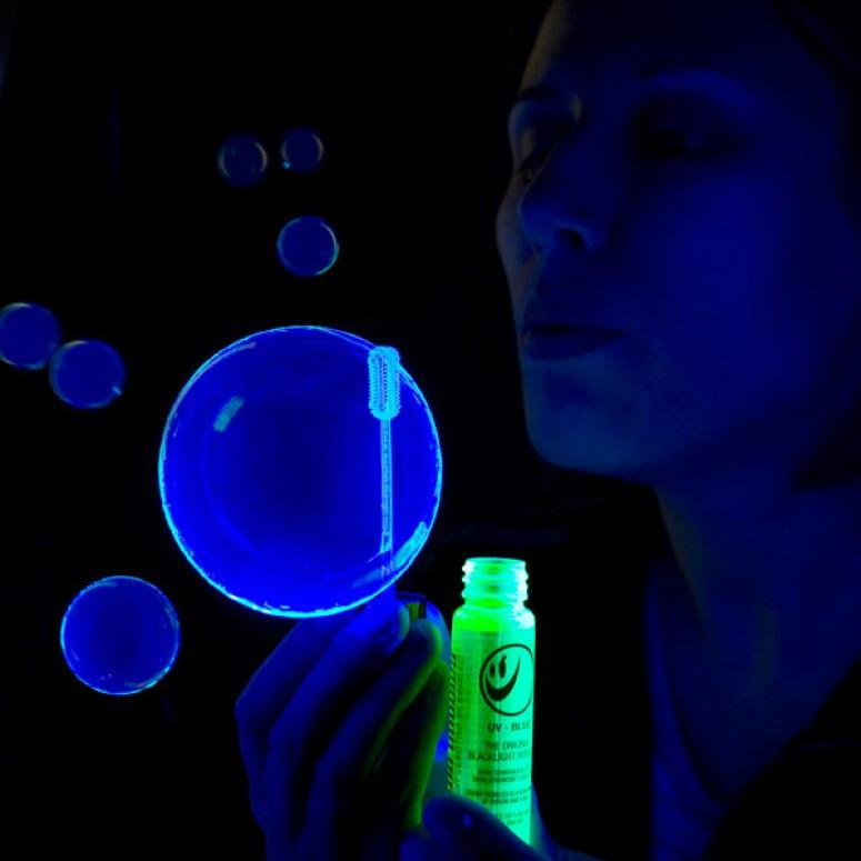 Tekno Bubbles - BLUE UV Blacklight Reactive - 4 Gallon Case